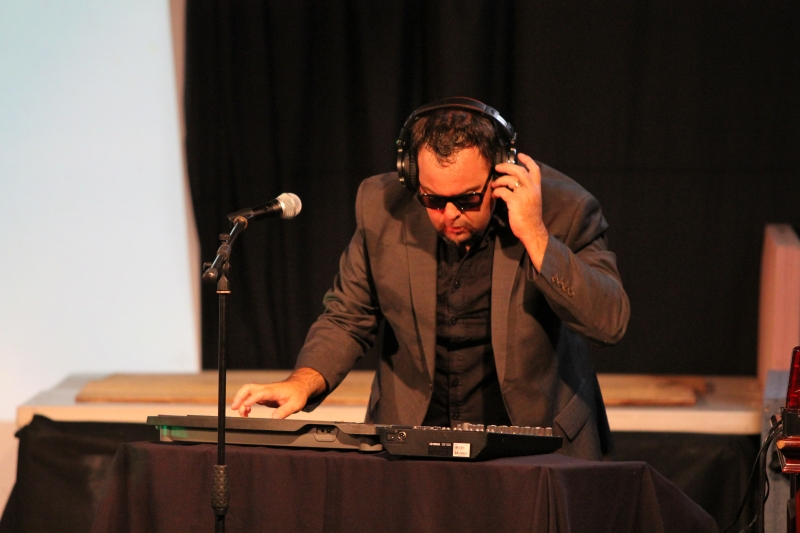 DJ Jo...vraiment concentré !